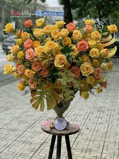 Bình hoa chúc mừng - Ngày rực rỡ nhất