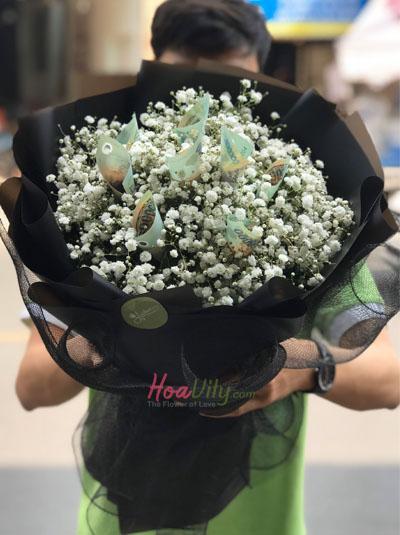 Bó hoa bằng tiền - Thương em nhất trên đời