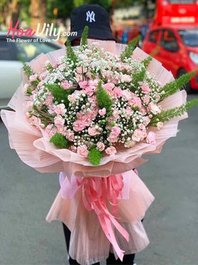 Bó hoa cẩm chướng hồng - Tự tình