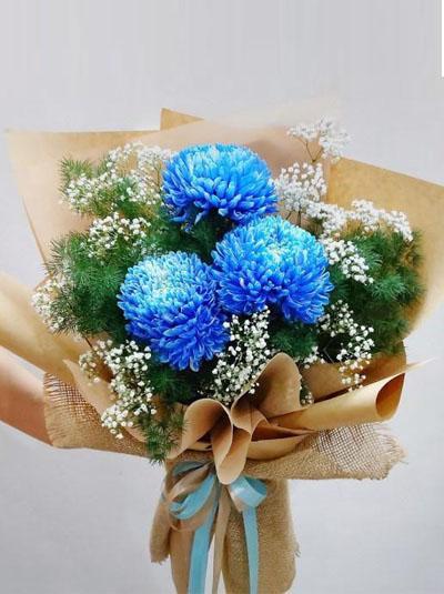 Bó hoa cúc mẫu đơn sang trọng