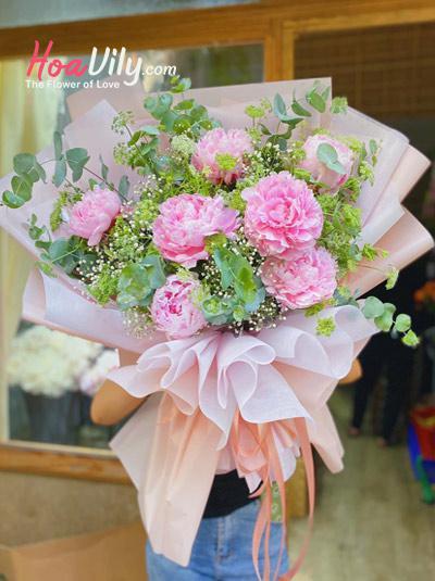 Bó hoa mẫu đơn - Hồn nhiên
