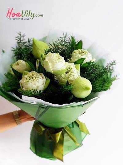 Bó hoa sen trắng đẹp nhất