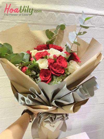 Bó hoa tươi đẹp - Trái thơm tình yêu