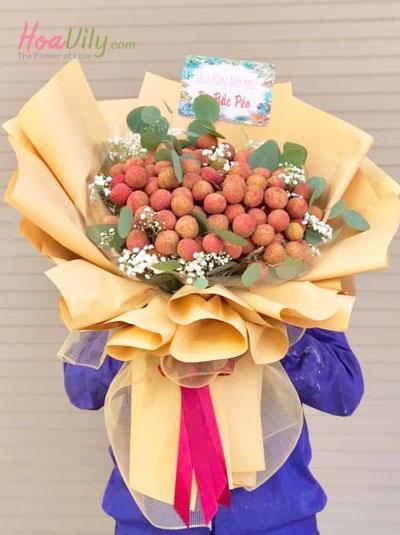 Bó hoa vải thiều - Love you 3000