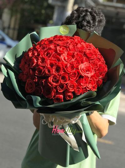 Bó hồng đỏ 99 bông - Rực cháy một tình yêu