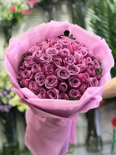 Bó hoa hồng đỏ khổng lồ dành tặng sinh nhật người yêu hay vợ với tình yêu say đắm