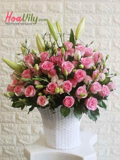 Giỏ hoa chúc mừng - Nụ hồng