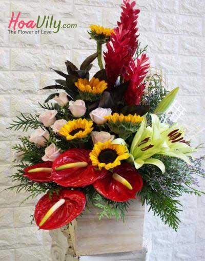 Hoa cắm hộp gỗ- Chúc mừng thành công