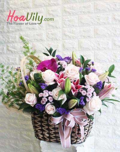 Hoa giỏ chúc mừng sang trọng