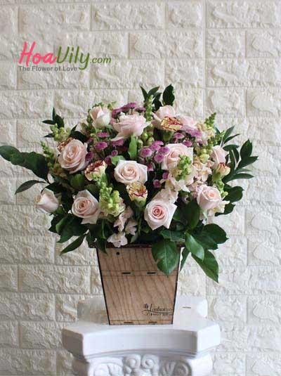 Hộp hoa chúc mừng - Điều ngọt ngào