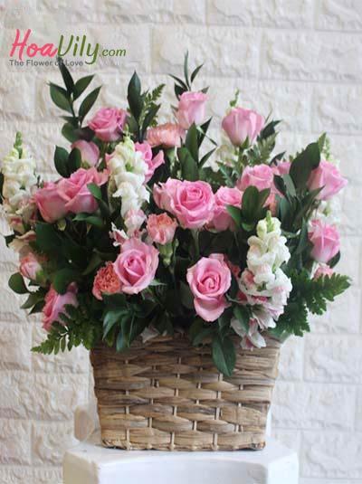 Hộp hoa chúc mừng - Sắc hồng