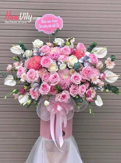 Hộp hoa chúc mừng - Trọn yêu thương