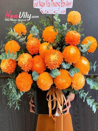 Hộp hoa cúc mẫu đơn cam - Shining