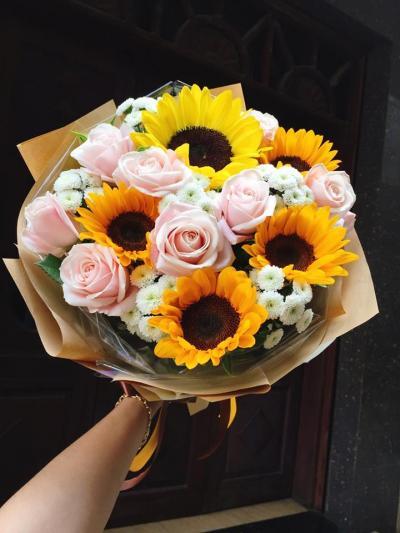 Bó hoa Tình thơ ngây 1