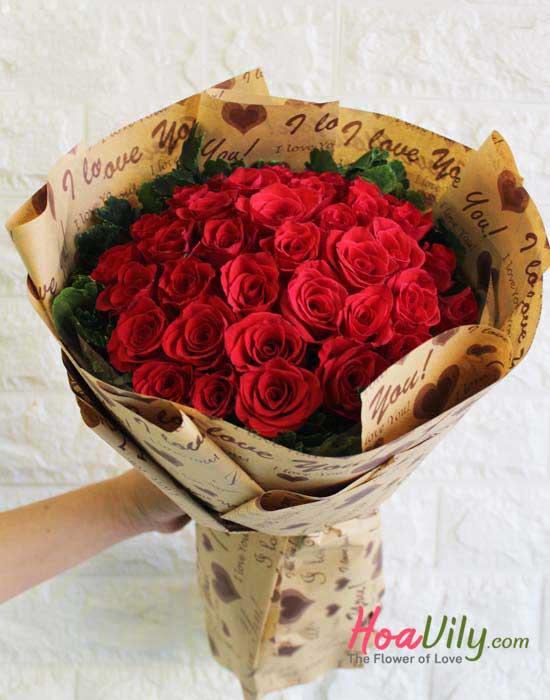 Hoa hồng gói giấy báo
