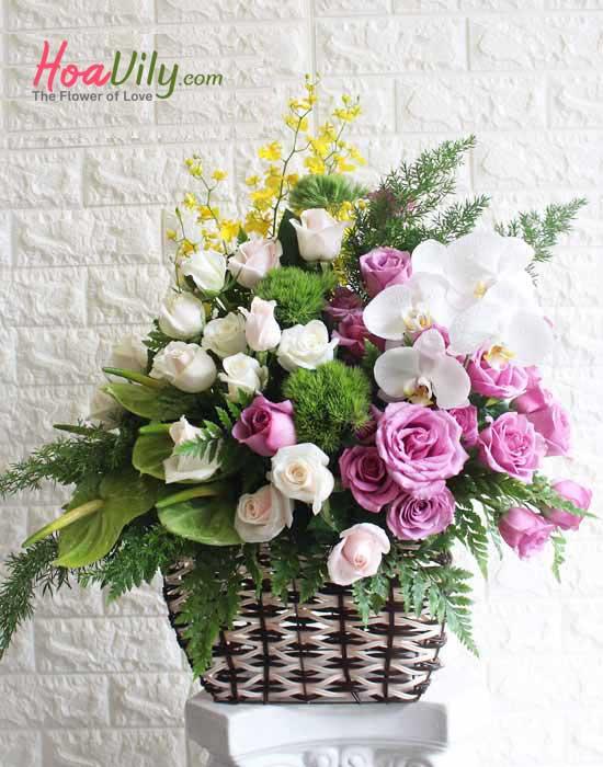 Giỏ hoa xin lỗi tặng vợ