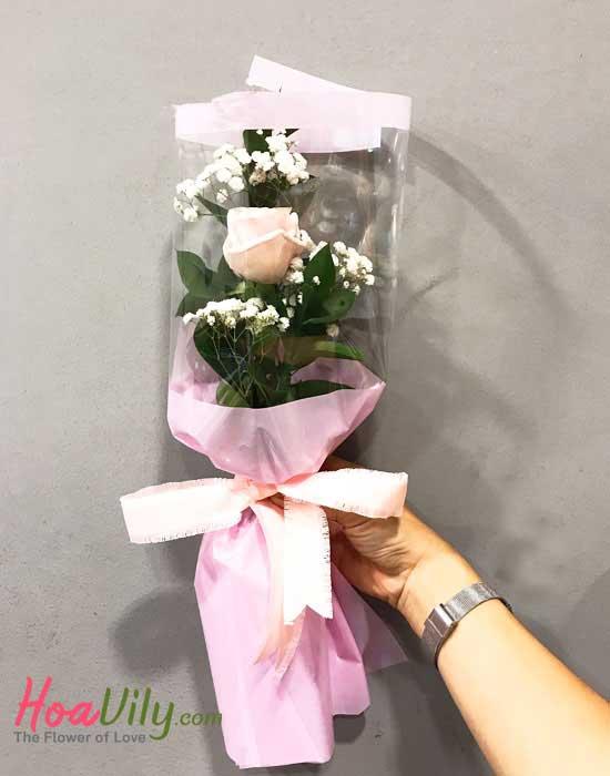Bó hoa 1 bông chỉ yêu mình em