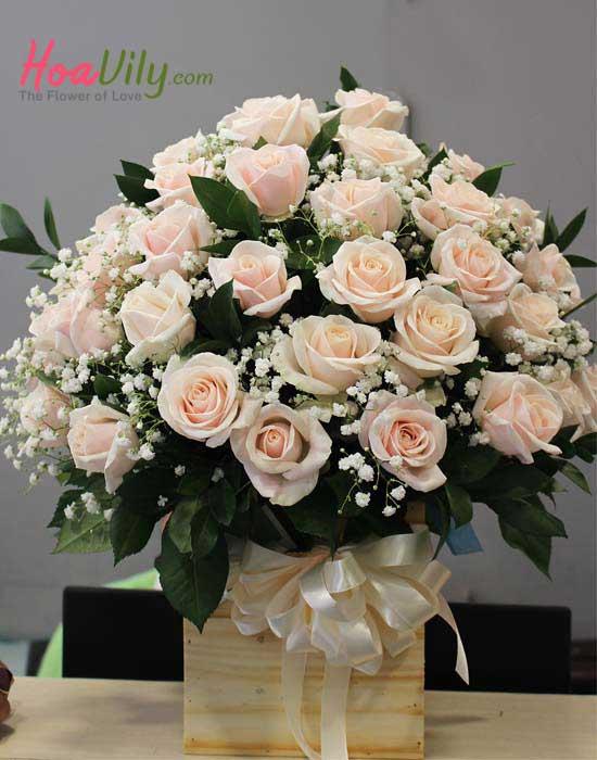 Hoa cắm hộp gỗ chúc mừng sinh nhật ý nghĩa