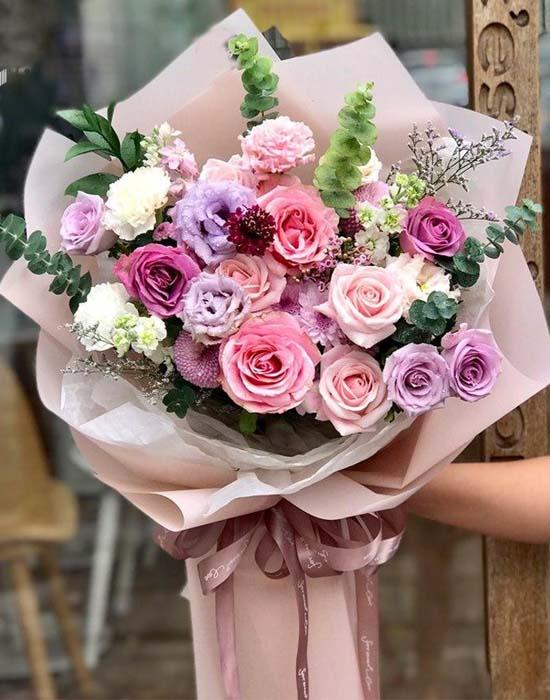 Hoa tình yêu tặng vợ