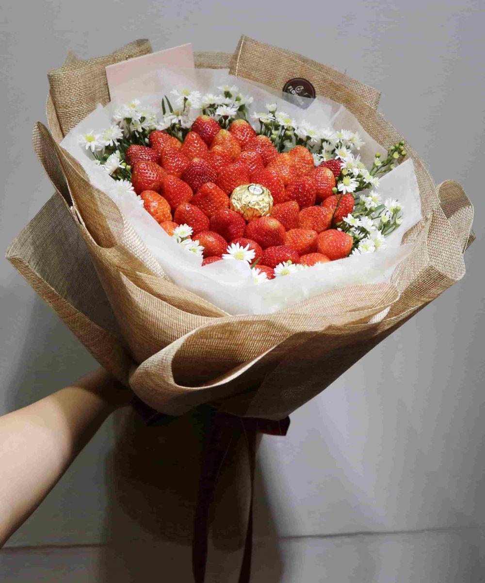 Bó hoa dâu tây socola
