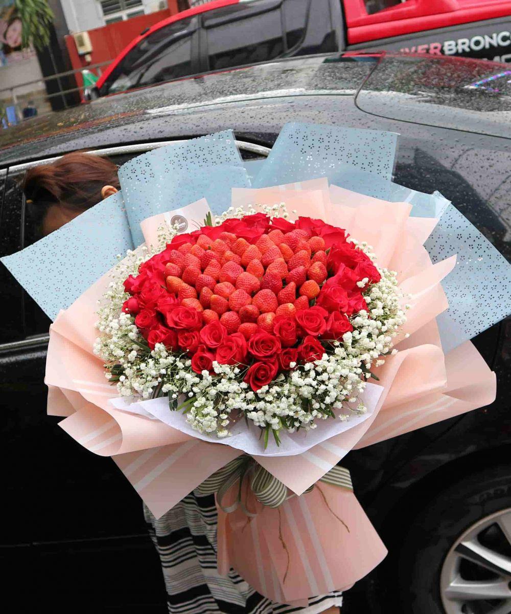 Bó hoa dâu tây đẹp chuẩn Hàn Quốc