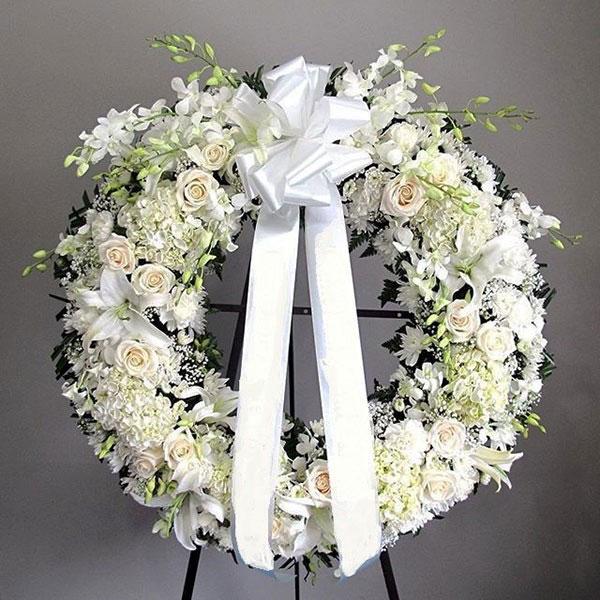 Vòng hoa chia buồn Hàn Quốc bày tỏ tình cảm